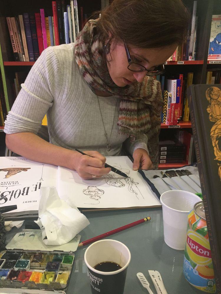 Le Boiseleur, la dessinatrice en dédicace © bd.otaku